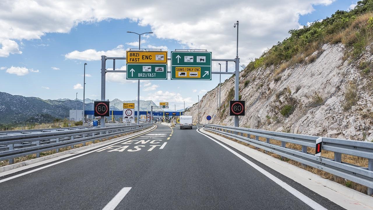 Diaľničné poplatky Chorvátsko 2020: Cena, ako platiť, platené úseky | © Believeinme | Dreamstime.com