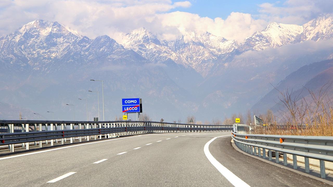 Peajes de autopista Italia 2021: Precio, cómo pagar, tramos con peajes   © Dreamstime.com