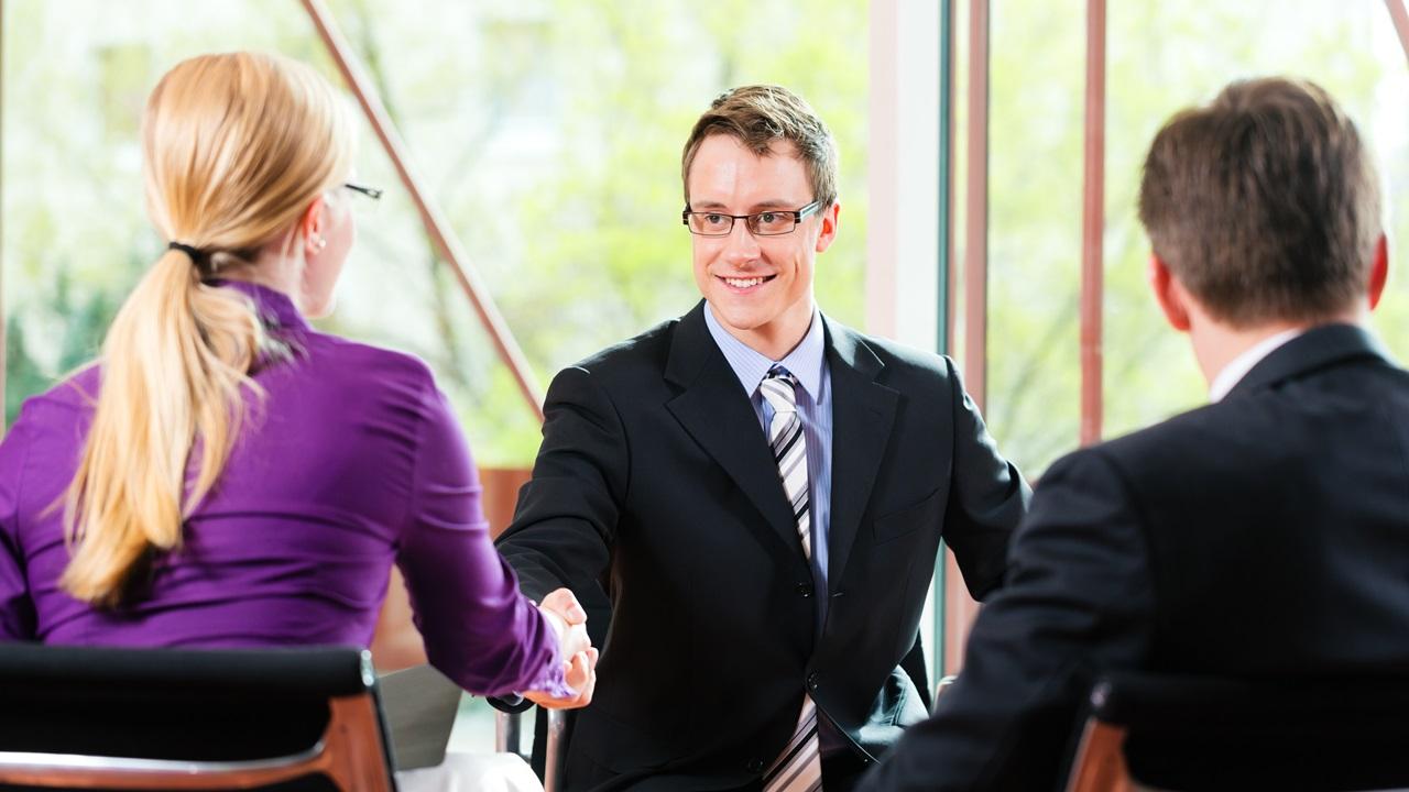 Cómo actuar en una entrevista de trabajo | © Dreamstime.com