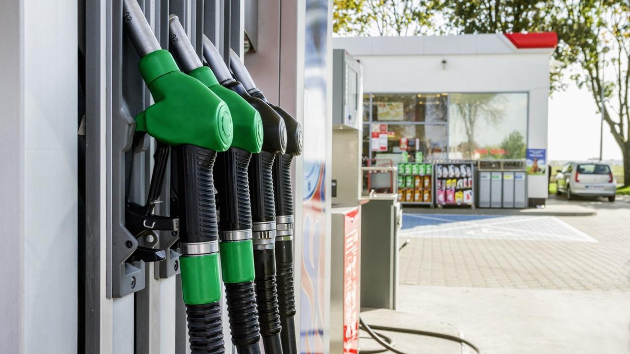 Cómo ahorrar combustible | © Dreamstime.com