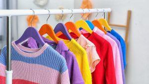 Cómo ahorrar espacio para guardar ropa