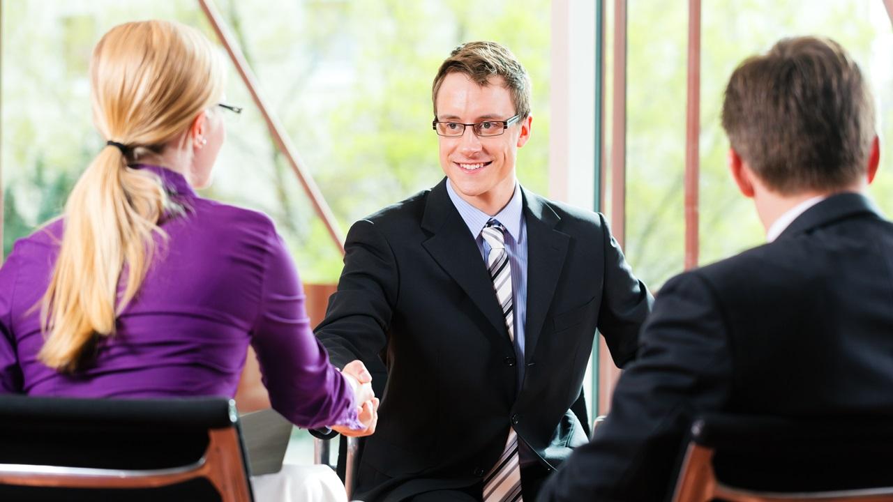 Cómo preparar una entrevista de trabajo   © Dreamstime.com