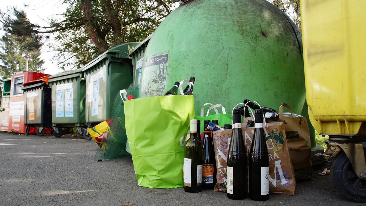 Cómo reutilizar botellas   © Pixabay.com