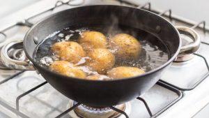 Ako dlho sa varia zemiaky