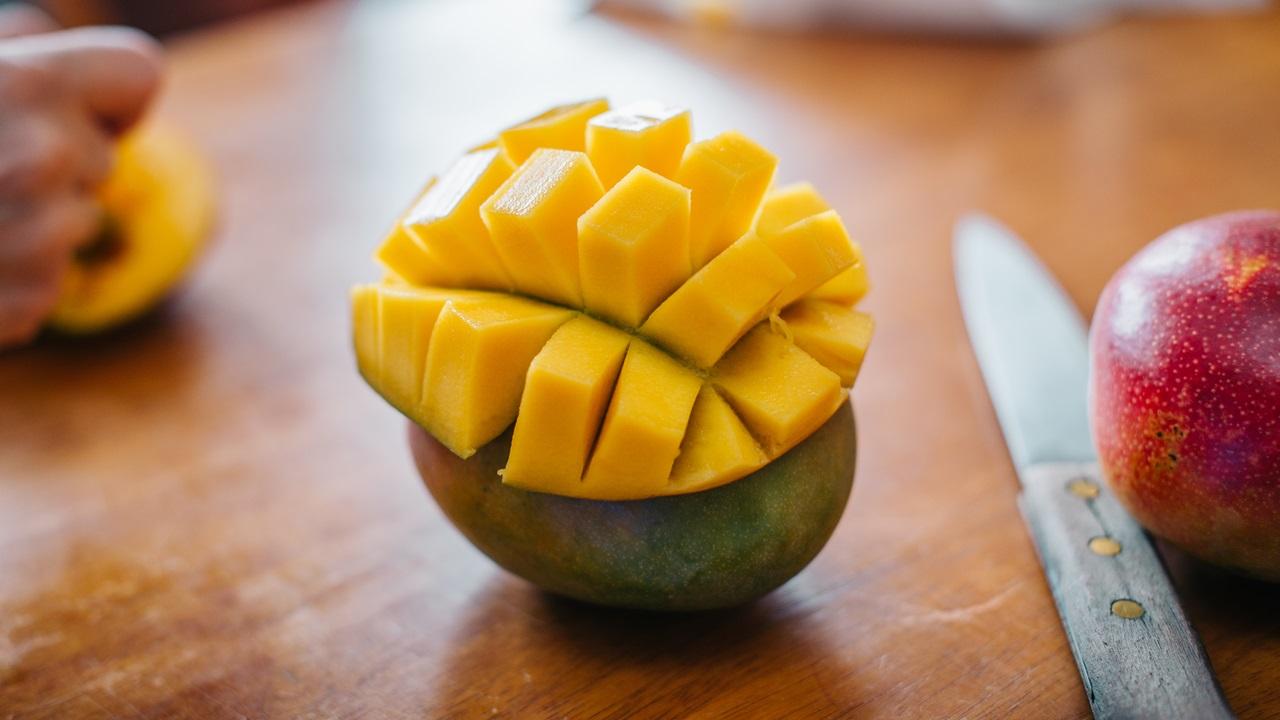 Ako ošúpať mango | © Dreamstime.com