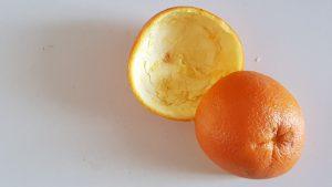 Ako ošúpať pomaranč
