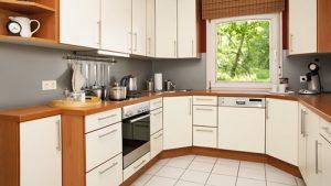 Posvieťte si na jar so zľavami od Svet svietidiel, zľava 50% na kuchyňu na mieru