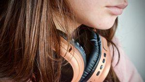 Найкращі безпровідні навушники з AliExpress: 7 пропозицій до 2333 гривень